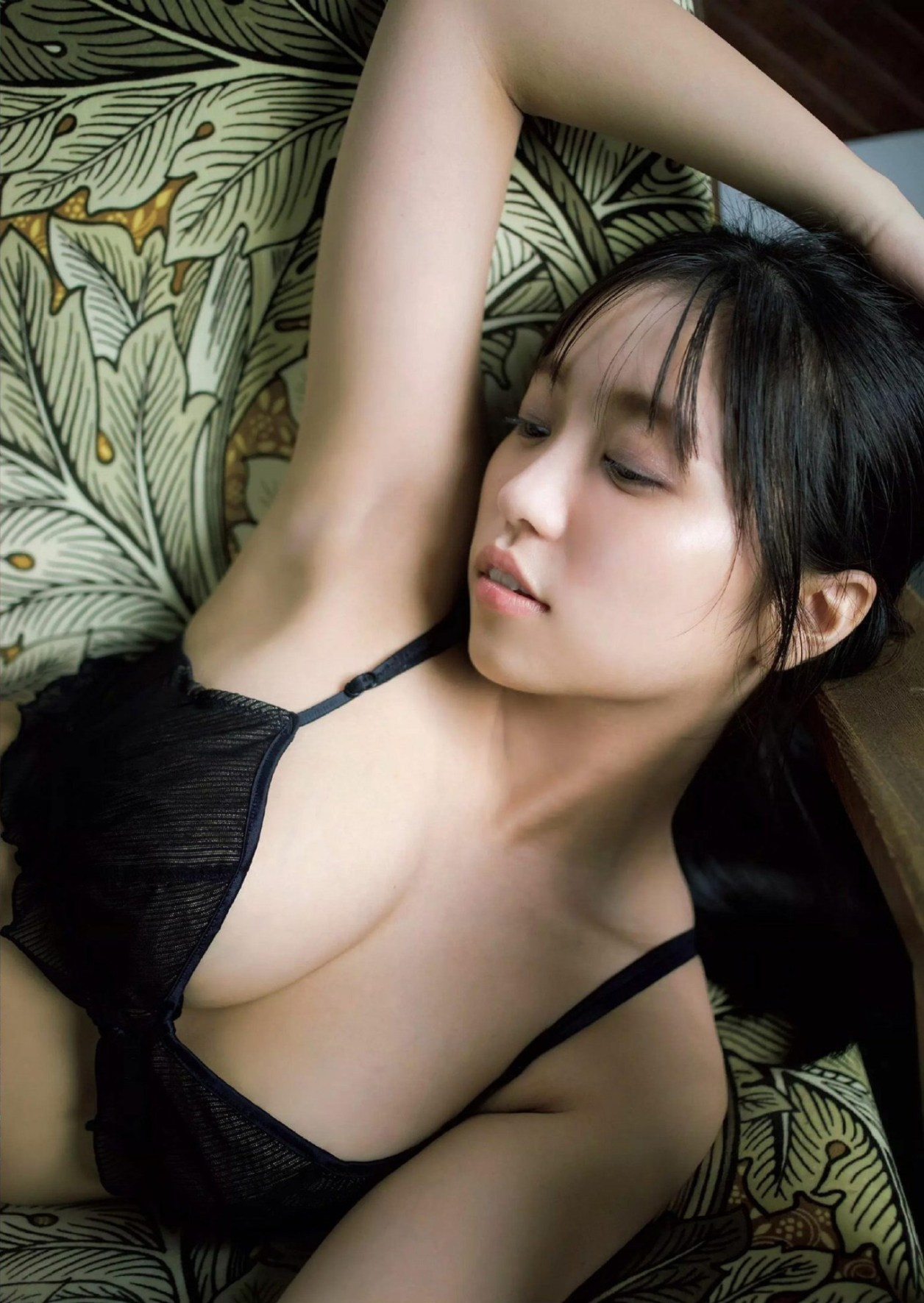 Weekly-Playboy-2020-43-Ohara-Yuno-0006