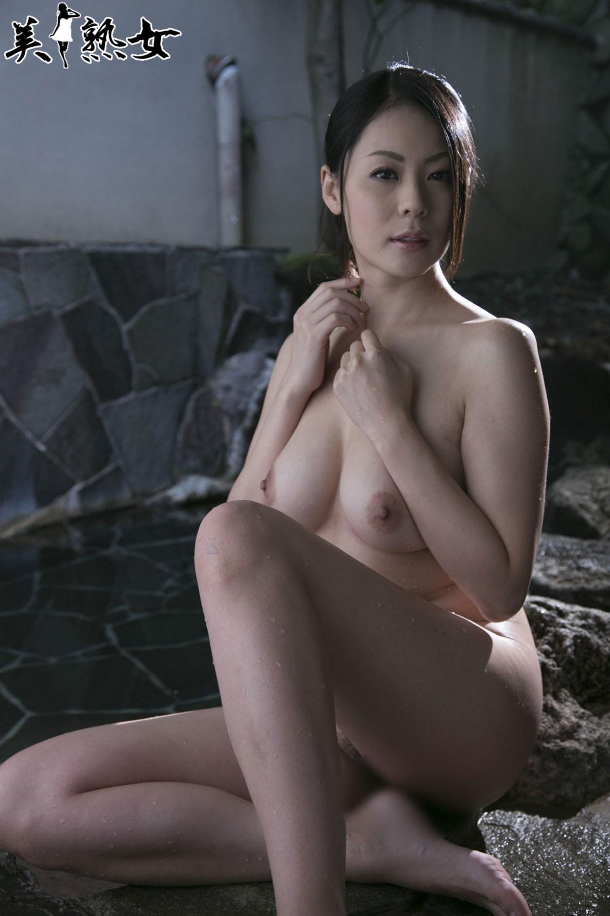 Aida-Nana-Bijukujo-010