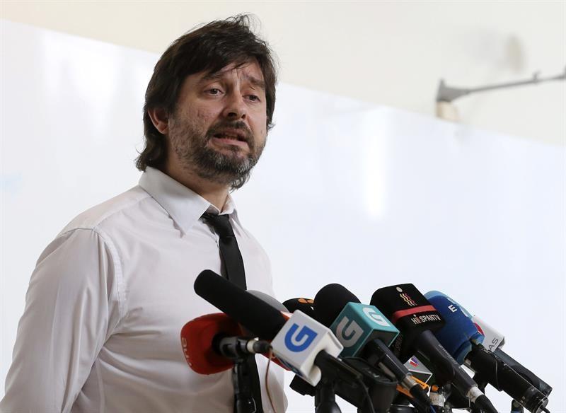 Vídeo   Rafa Mayoral desmonta las mentiras de Gobierno sobre la «mochila austriaca»