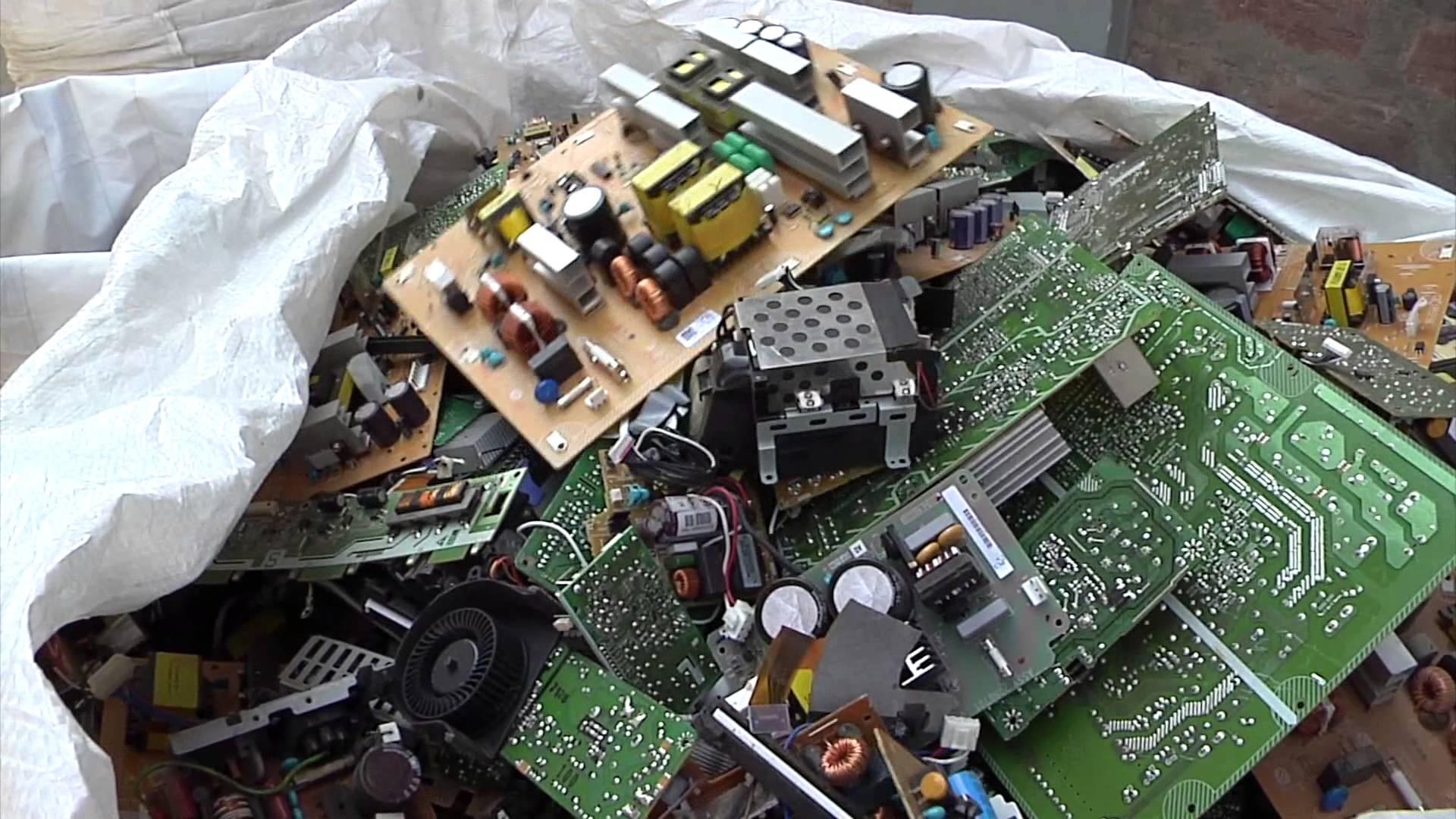 Un informe calcula en 352.474 toneladas por año la exportación de residuos electrónicos de la Unión Europea a países en desarrollo