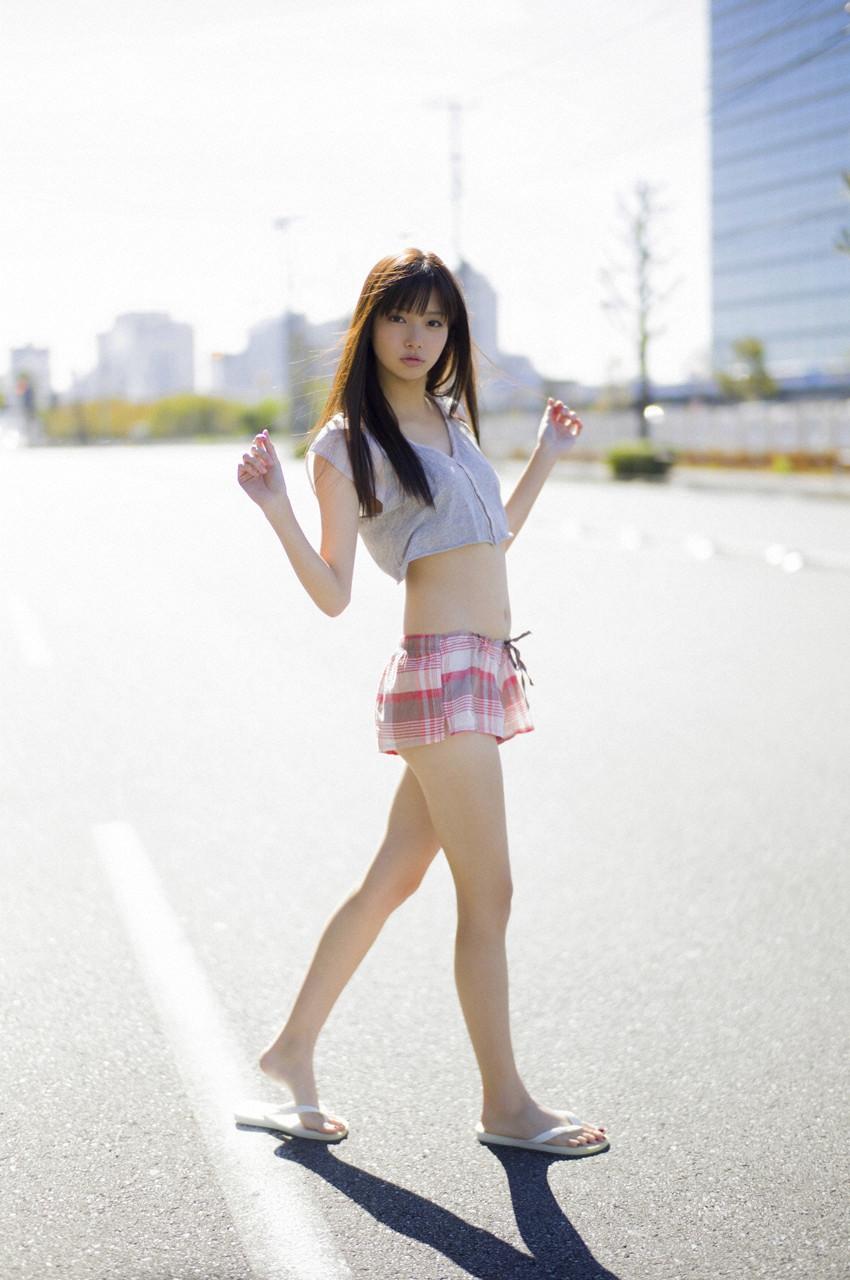 新川優愛「かわいすぎる」グラビア 21