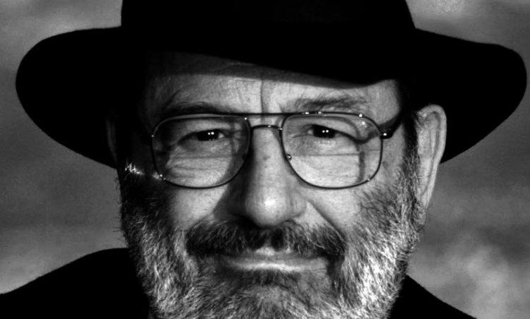 Las 14 claves para identificar a un fascista según Umberto Eco