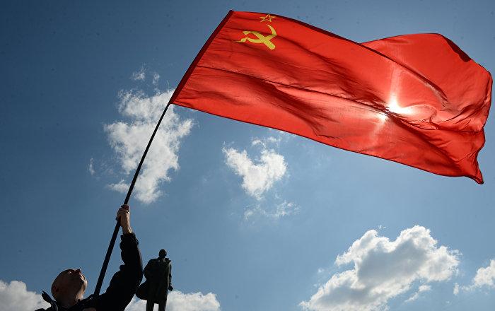 Imagina, ¿qué haría un gobierno de los comunistas en España?