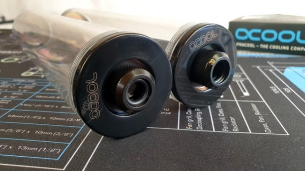 Alphacool-fittings-on-Res