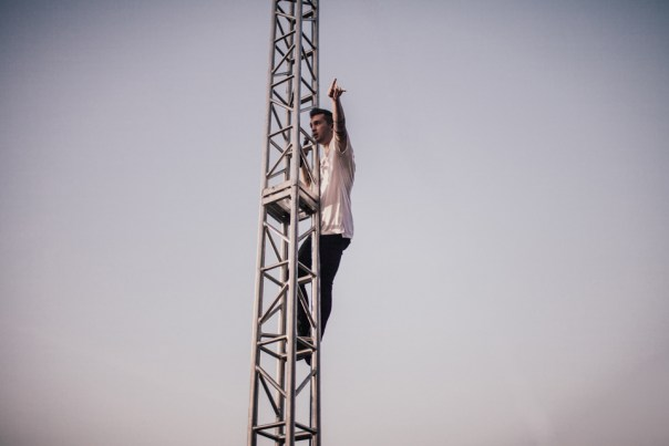 Tyler Joseph of Twenty One Pilots performing