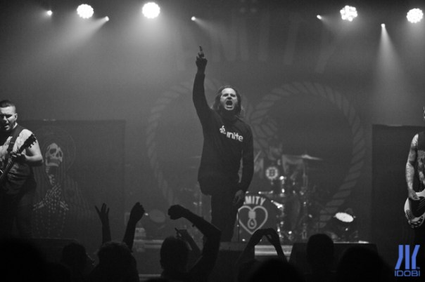 the_amity_affliction_04