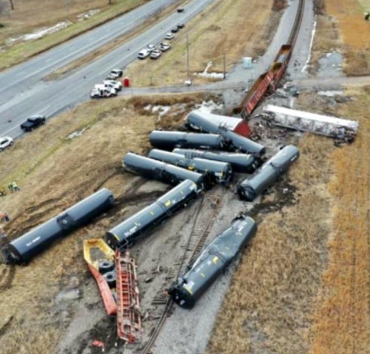 Trump Train Derailed Blank Template Imgflip