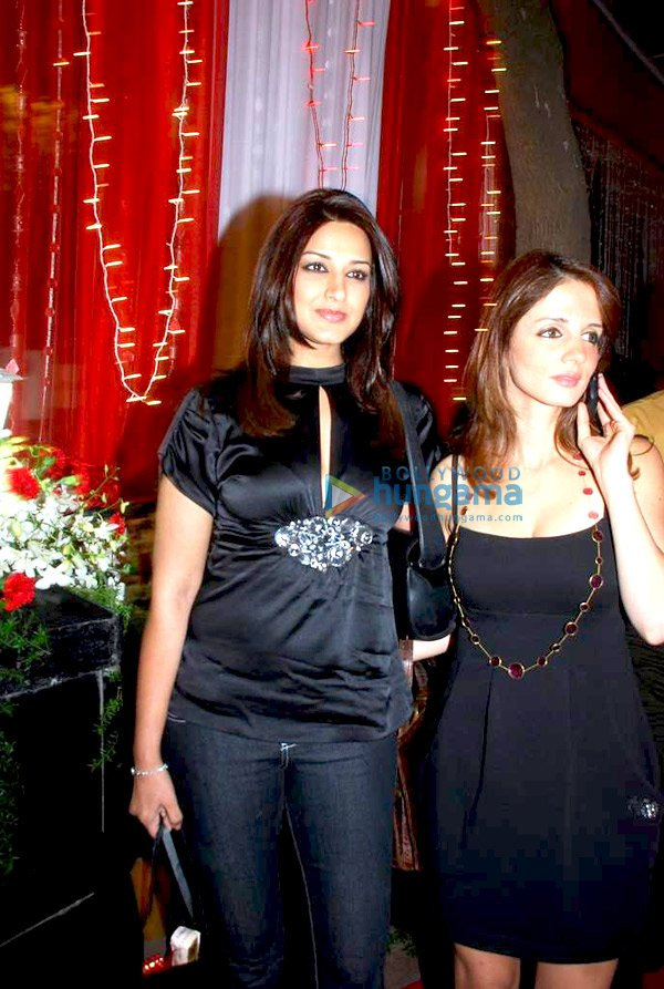 Sonali Bendre and Suzanne Khan