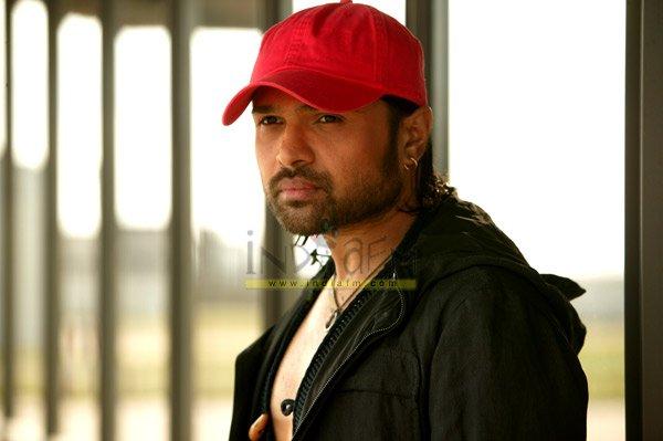 Aap Ka Surroor - The Moviee, Himesh Reshammiya, Mallika Sherawat, Hansika Motwani, Raj Babbar, Sachin Khedekar, Pankaj Jha,