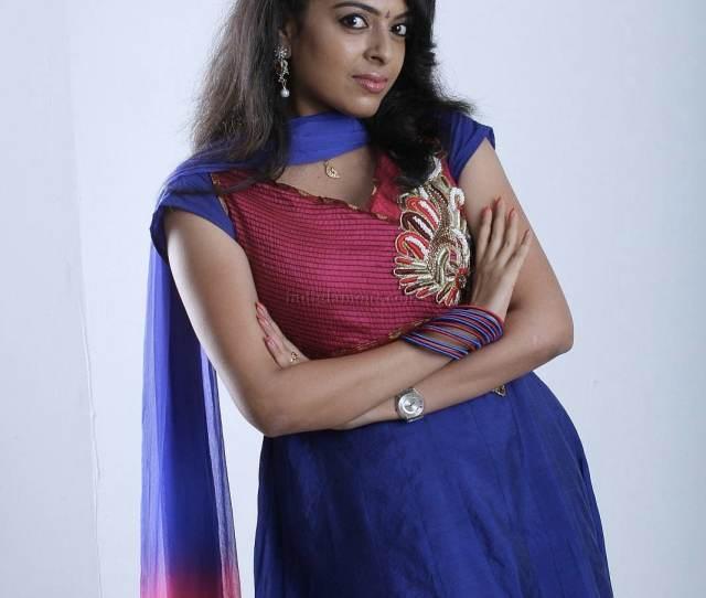 Radhika Malayalam Actress Navel