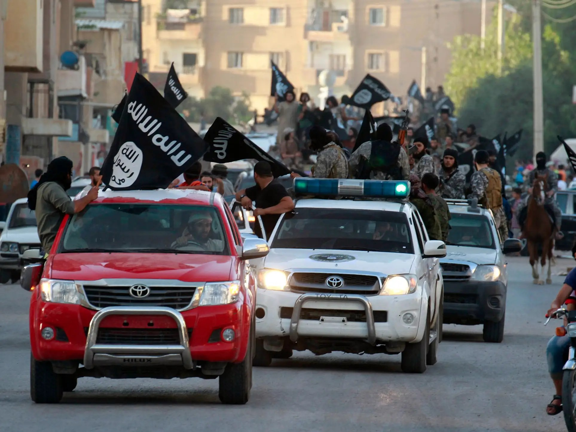 Why Isis Uses Toyota Trucks Business Insider