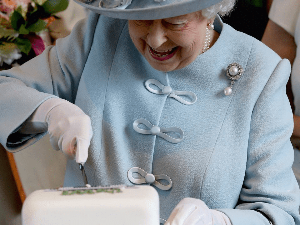 Photos That Prove Queen Elizabeth Ii Loves To Party