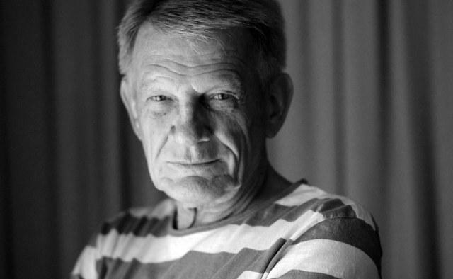 """Nie żyje aktor Bronisław Cieślak. Znany między innymi z serialu """"07 zgłoś się"""" aktor zmarł po długiej chorobie w wieku 77 lat - poinformował portal TVN24."""