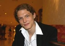 Adam Fidusiewicz pochwalił się umięśnionym ciałem