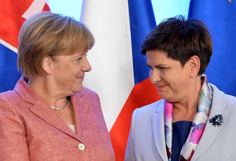 Angela Merkel i Beata Szydło podczas spotkania w sierpniu 2016 roku /AFP