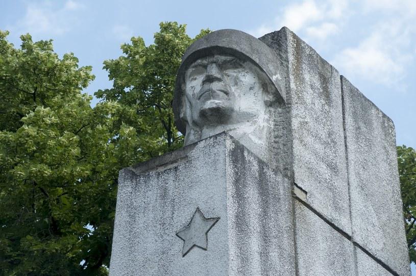 Koniec z sowiecką i komunistyczną symboliką w Polsce? /Wojciech Stróżyk /Reporter