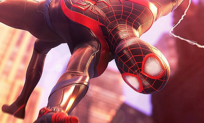Spider-Man Miles Morales: a 4K gameplay video with camouflage and fight