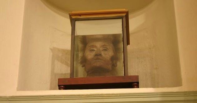 Đầu của nhà giải phẫu Antonio Scarpa.