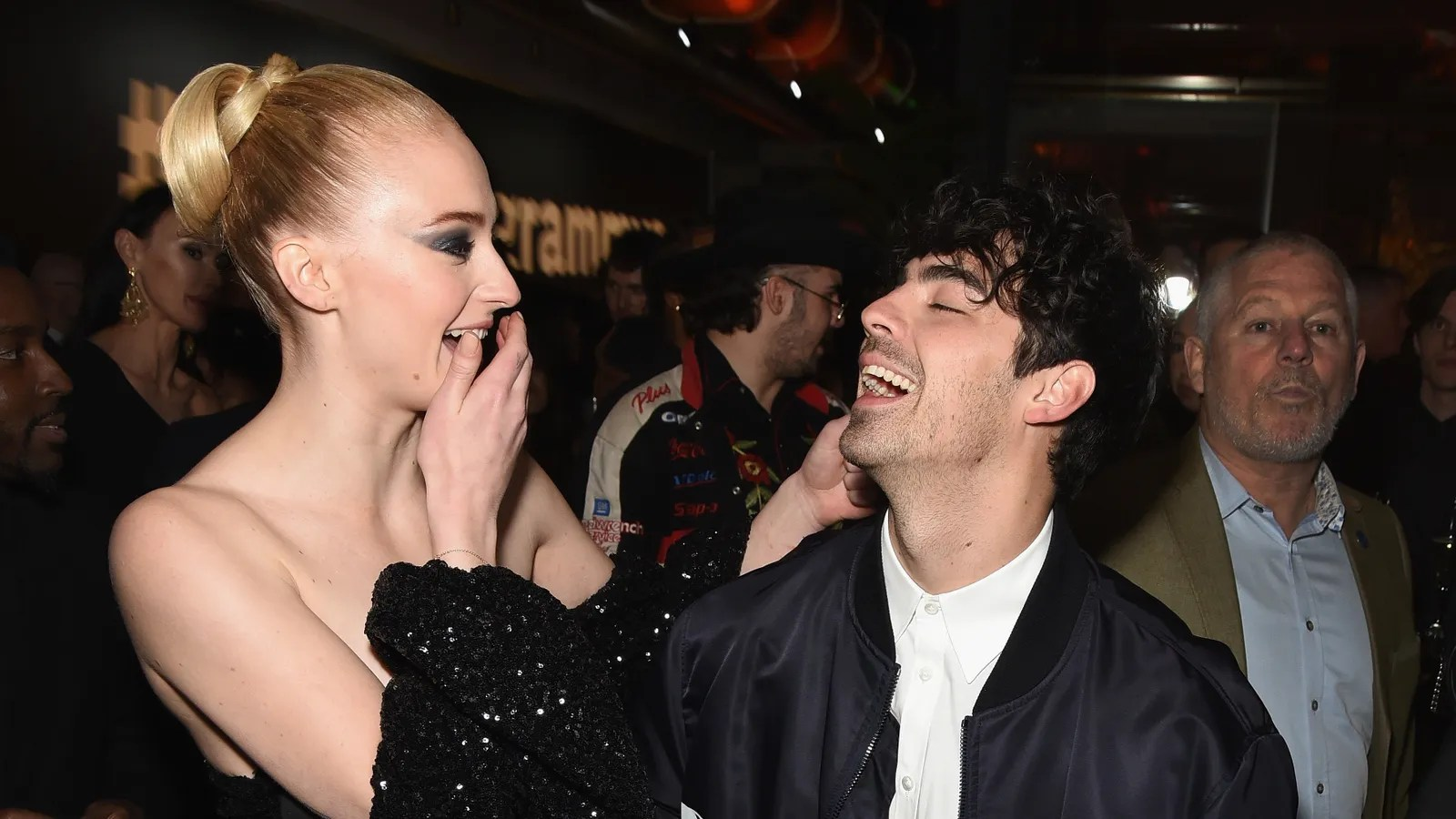 Joe Jonas And Sophie Turner Got Married In Vegas By Elvis