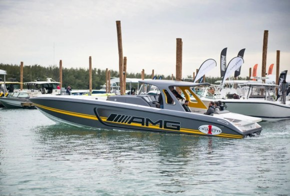 The 2200 HP Mercedes-AMG GT3 Cigarette Boat Is A Breathtaking Speed Demon