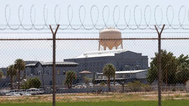 qyhnh21wxfb3plysudwo Software 'Bug' Keeps Arizona Prisoners Behind Bars Past Release Dates   Gizmodo