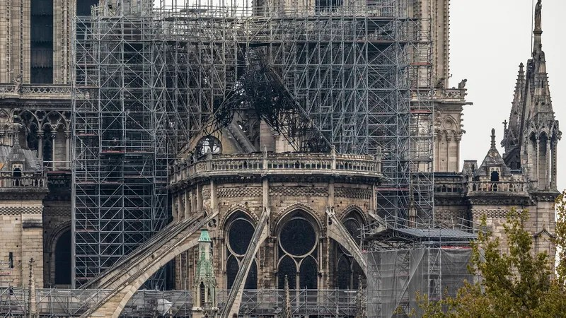 Illustration for article titled Paris Vows To Rebuild Notre Dame Despite Cosmic Absurdity Of Seeking Inherent Meaning In Fleeting Creations Of Man