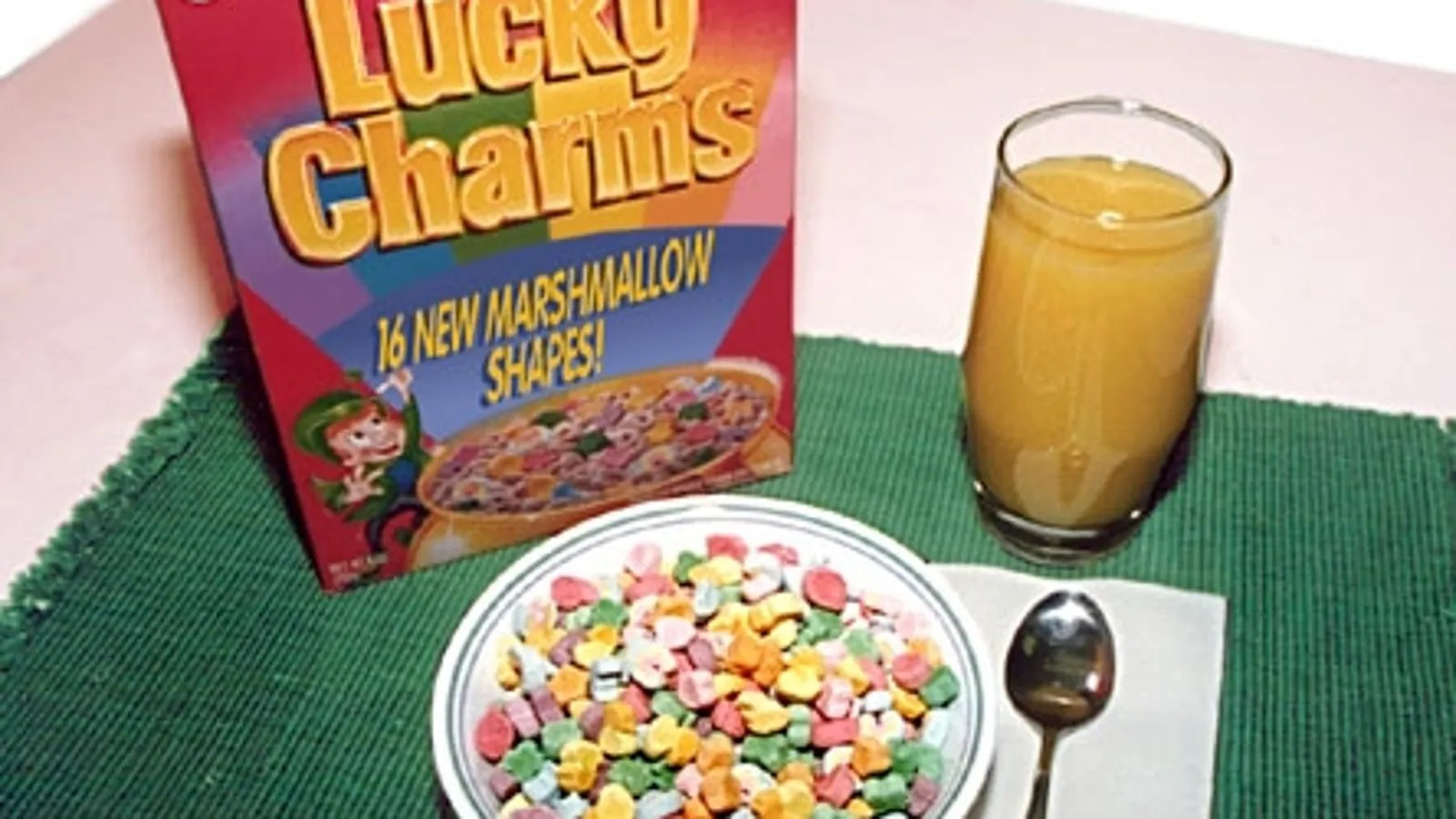 Lucky Charms Phases Out Oat Pieces