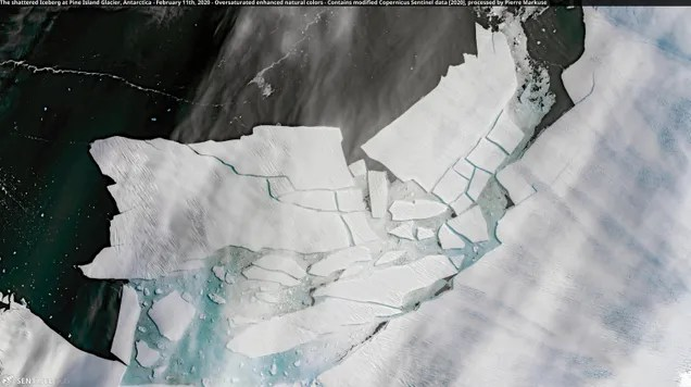 logbqzqxhaar8ghmdrjk Pine Island's Massive New Iceberg Is Already Cracking Up | Gizmodo