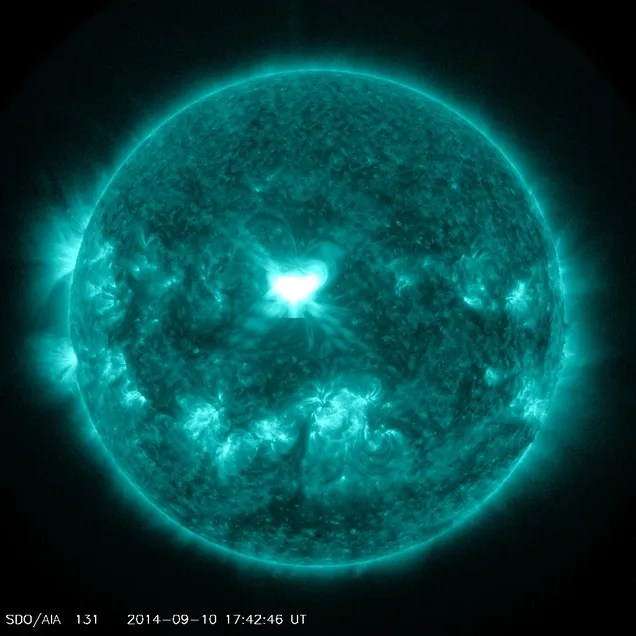 An X-Class Flare Unleashed Right At Earth