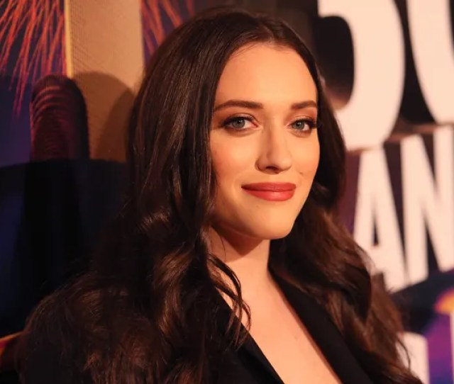 Kat Dennings Has Lined Up Her Next Tv Comedy About Terrible Customer Service