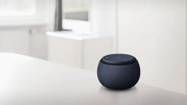 Gadgets: Illustration for article titled Samsung's First Bixby Speaker Gathered Isn't Out, But Now There's a Mini Model