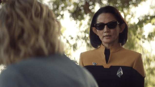 jqc0i8fsefy4moqa7wra Star Trek: Picard's Showrunner Opens Up About the Sunglasses and Swears | Gizmodo