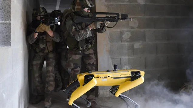 hpmufpm84yf91nxfwmch The French Army Is Testing Spot the Robot on the Battlefield | Gizmodo
