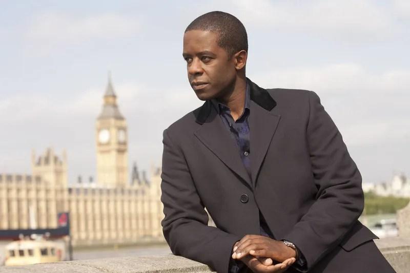 Internet arde: el autor de James Bond no quiere que Idris Elba sea 007 y es acusado de racista
