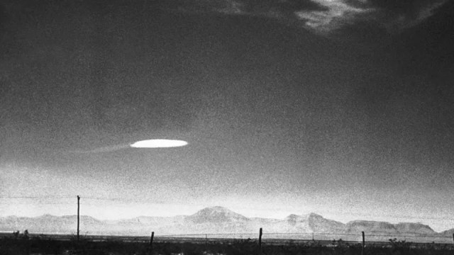 Billedresultat for The military keeps encountering UFOs. Why doesn't the Pentagon care?