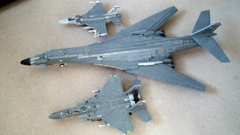Giant LEGO B 1B Bomber Escorted by Fighters  Hawkeye Aircraft This stunning 1 36 scale B 1B bomber is made of about 8 000 LEGO blocks   beating the Millennium Falcon s 5 195  Created with no special pieces
