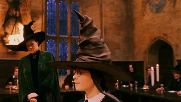 Illustration for article titled Finding Common Ground: 5 Times Harry Potter And Voldemort Agreed That For The Sorting Hat, Being Put On A Kid's Head Probably Felt Like Using A Bidet
