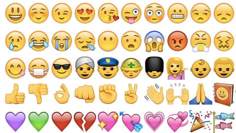 As Finger Point Emoji Trends On Twitter Social Media Media Mixes