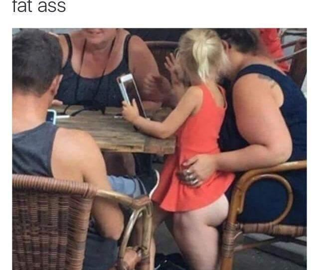 Optical Illusion Midget With A Fat Ass