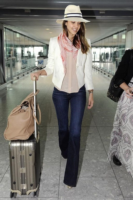 layered outfit cute airport outfit ideas for ladies