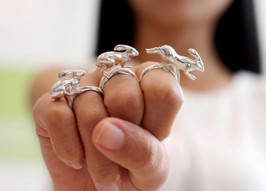 Silver rings rabbitt