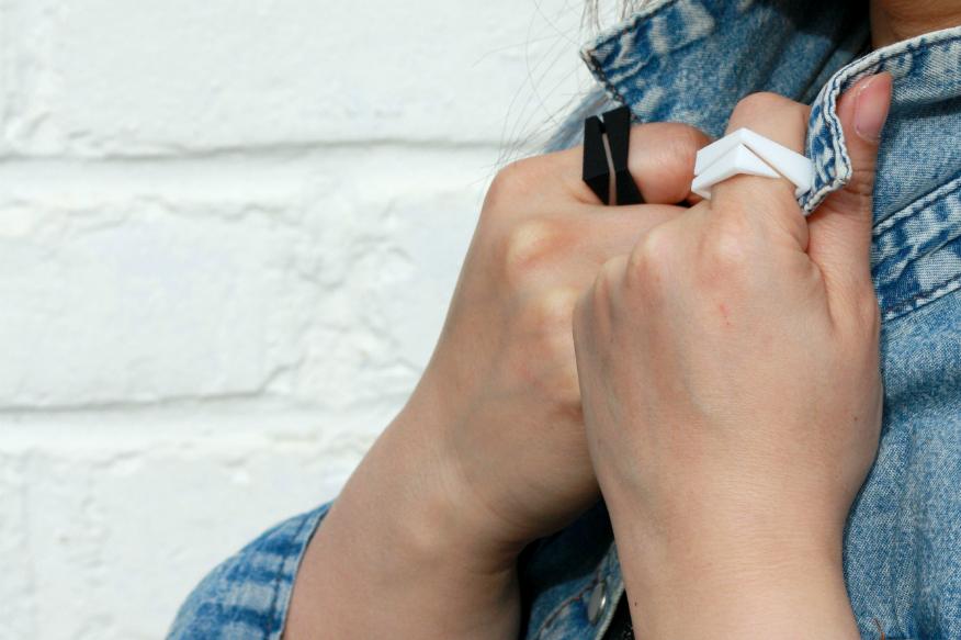 Rings. Polyamide (SLS) dyed © Simply BU