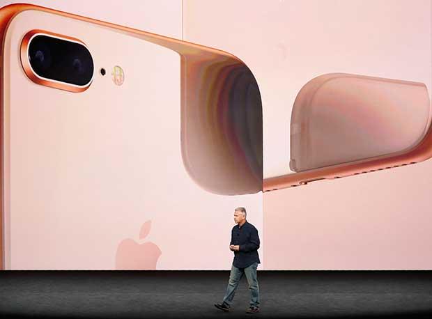 iPhone X, iPhone 8 ve iPhone 8 Plus resmen tanıtıldı! iPhone X ve iPhone 8'in fiyatı ve özellikleri neler?