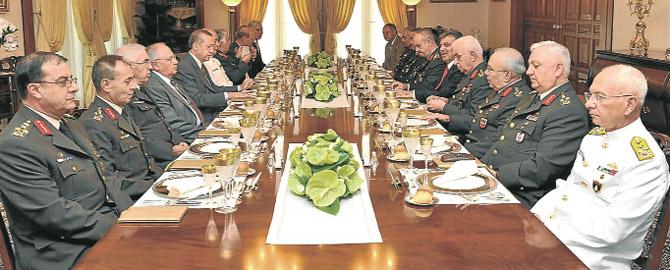 Genelkurmay ve Kara Kuvvetleri boş kaldı