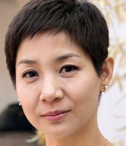 Kim Ho Jung in Hyena Korean Drama (2020)