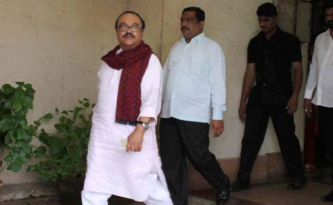 एनसीपी नेता छगन भुजबल महाराष्ट्र सदन घोटाले के मामले में गिरफ्तार