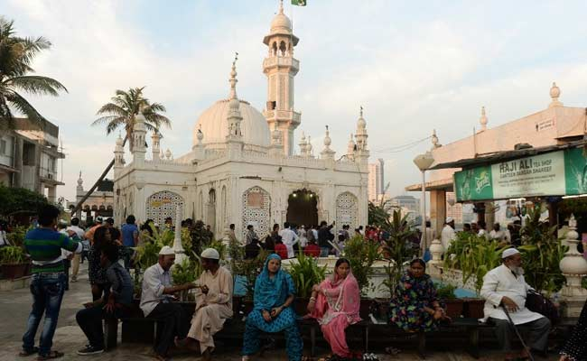 Image result for Haji Ali Tomb to Give Women Full Access