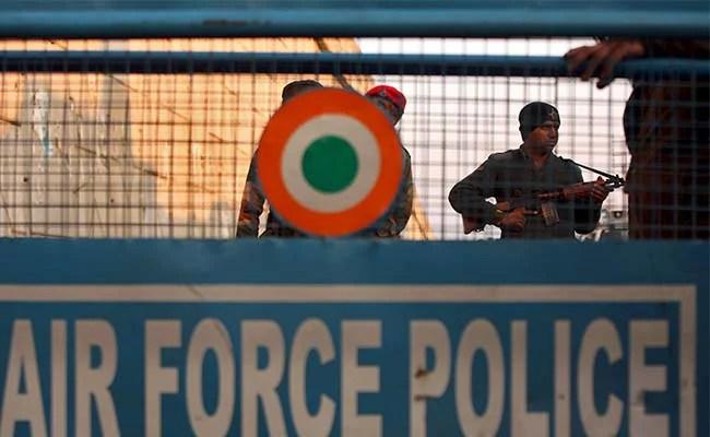 भारत के पठानकोट एयरबेस पर आतंकी हमले के मामले में पाकिस्तान में केस दर्ज