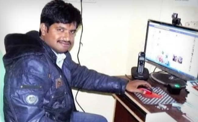 Chhattisgarh Journalist Arrested For Whatsapp Post Accuses Cops of Torture