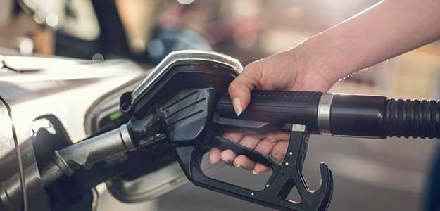 Petrol, Diesel Prices Today : छठे दिन भी नहीं बदले पेट्रोल-डीजल के दाम, जानिए क्या चल रहे हैं रेट
